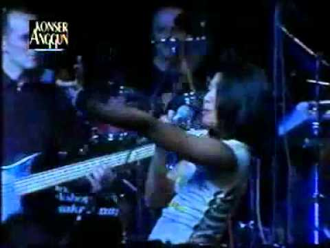 Anggun - Tua Tua Keladi Live HQ