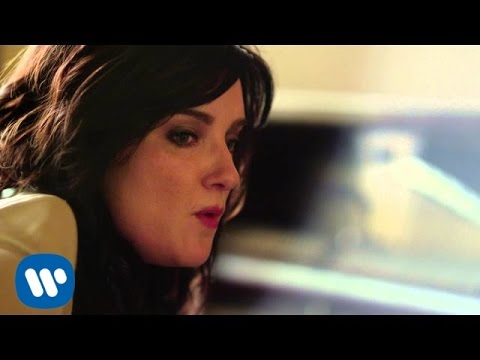 Brandy Clark - Girl Next Door (Acoustic)