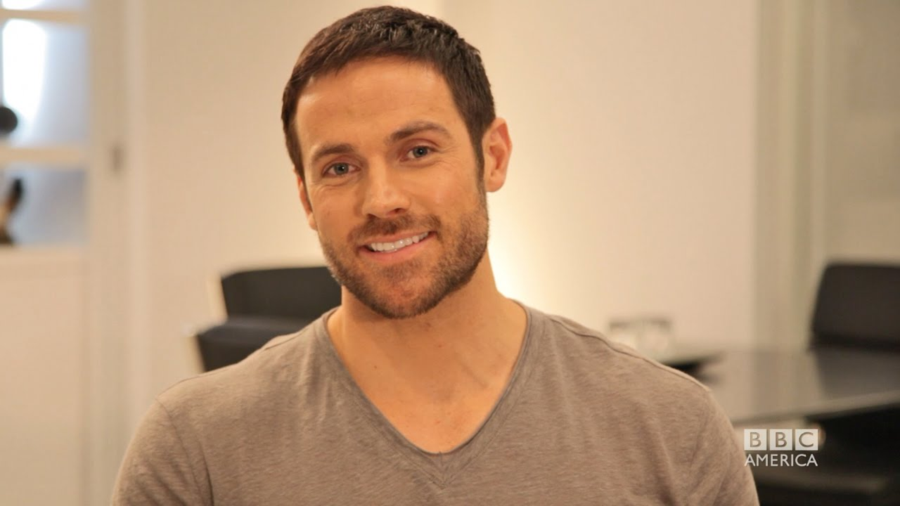 DYLAN BRUCE on Ghost Hunting a...