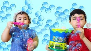 Celina and Hasouna Bubbles Machine - سيلينا وحسونة بلاوين