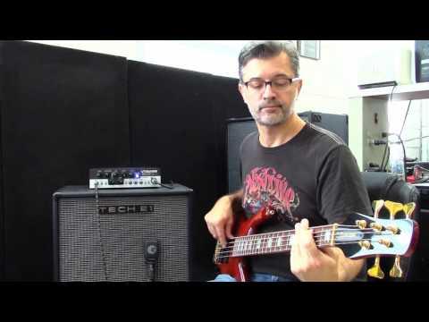 Tech 21 VT Bass 500:  Thumpy Funk Setting