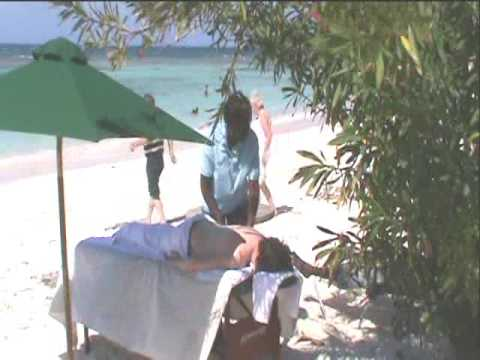 Fiona beach massage on Longbay Beach (Antigua W.I)