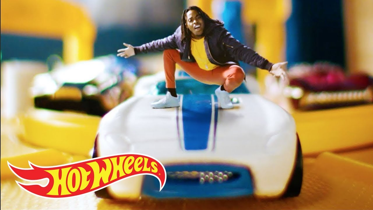 Garage Parking Stop >> World's Smallest Rapper | Lil' Whip | Hot Wheels - YouTube