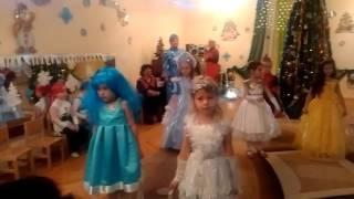 Принцесса София- песня снежинок