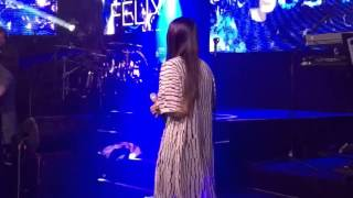 "Jasmine Thomson LIVE ""ain"