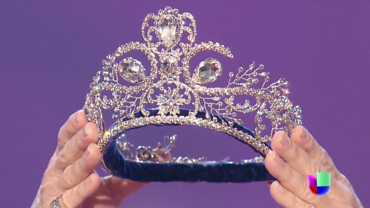 Osmel Sousa Llegó Triunfal Con La Corona De La Próxima Reina En Sus