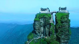 The most dangerous Chinese temple, built on the cliffs of Wonderland, with life worthy of worship!