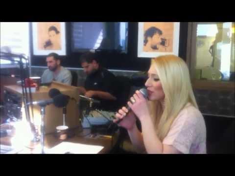 Rinat Bar / רינת בר live @ radio Jerusalem 101fm - חיכיתי לך