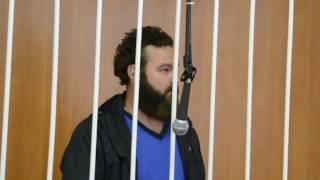 Экс-депутата из Бердска в наручниках доставили в суд