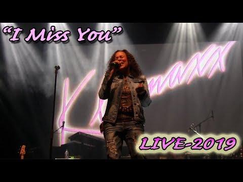 Klymaxx/Joyce Irby perform