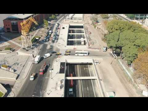 """<h3 class=""""list-group-item-title"""">Así pasan los camiones por el nuevo Paseo del Bajo</h3>"""