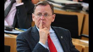 Bodo ramelow wünscht sich eine neue nationalhymne. 30 jahre nach dem mauerfall würden viele ostdeutsche die hymne nicht mitsingen, sagt thüringens ministerpr...