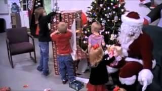 Dyer County, Tenn. Soldier Surprises Children Thumbnail