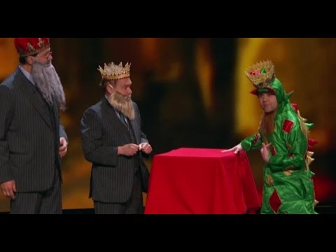 Piff The Magic Dragon, Penn & Teller & Matt Franco WOW! | America's Got Talent Holiday Show