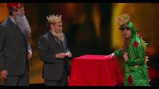 Piff The Magic Dragon, Penn & Teller & Matt Franco WOW! | America's Got Talent Holiday Show