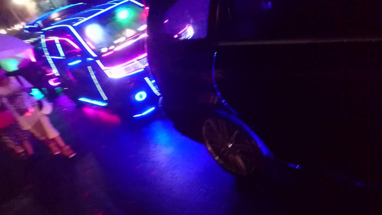 夜蝶會 光る車 電飾 ねぶた祭り - YouTube