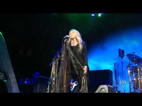 Fleetwood Mac - Silver Springs (Live in Chicago) 2-14-15