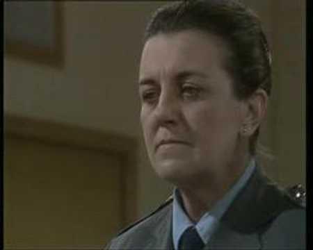 Prisoner (Cell Block H) Joan tells Ann a thing or ...