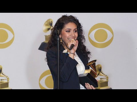 Alessia Cara Backstage at the 2018 GRAMMY Awards: Full Press Conference
