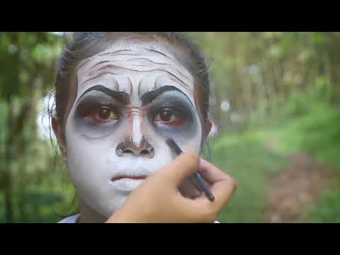 Make Up Character Of Mak Lampir