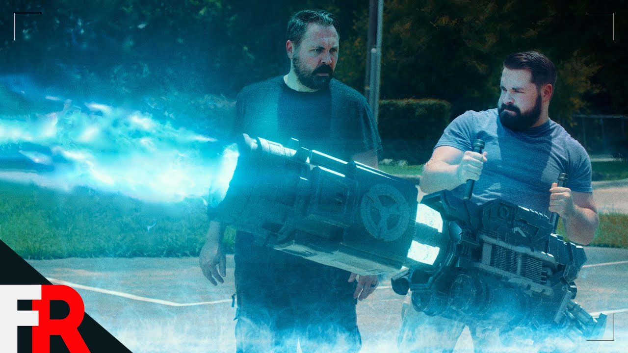 Giant Sci-Fi Laser Gun (Cinema 4D + After Effects)