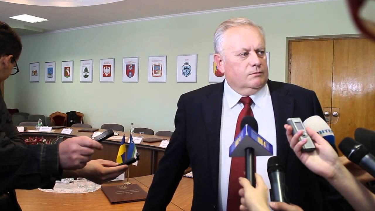 """Ровенский активист """"опустил на землю"""" мэра Ровно за ProZoro"""