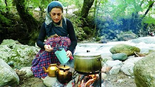 Country life Riverside Campfire Hot Rich Beans Stew Wood Fire Tea Village Bread خوراک لوبیا نان تازه