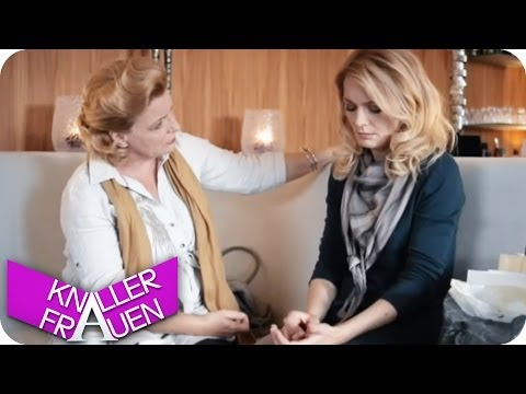 Mutter-Tochter-Gespräch - Knallerfrauen mit Martina Hill
