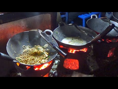 wajib-kesini-buat-nyobain-bakmi-jawa-pak-pele-|-java-noodles-|-kuliner-jogja-2020-#streetfood-35