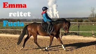 Emmas Ponywelt - Emma reitet Fucia