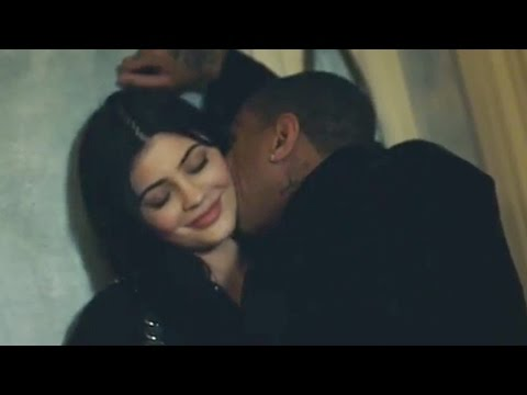 Kylie Jenner Says Woman in Sex Tape Is NOT Her