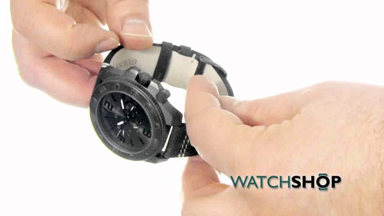 c143b1011df Guess Men s Viper Watch (W0659G3) - YouTube