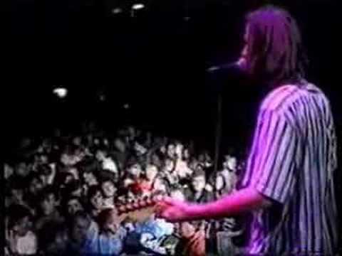"""AZRA """"Jesi li sama večeras"""" LIVE 19.10.1987."""