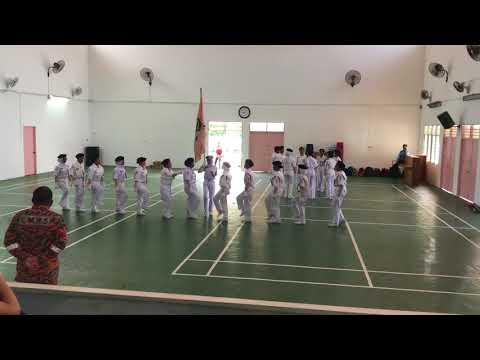 KAWAD KAKI FORMASI BERIRAMA SMK PUJUT, MIRI 2018