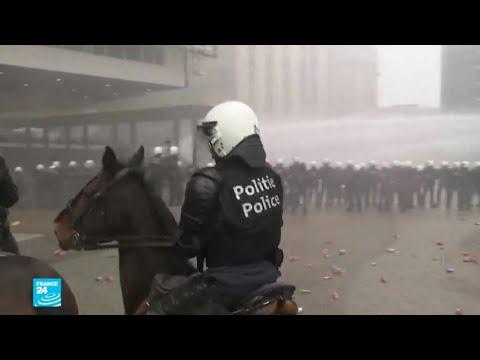 بلجيكا: مظاهرات عنيفة في بروكسل للتنديد باتفاق مراكش للهجرة  - نشر قبل 2 ساعة