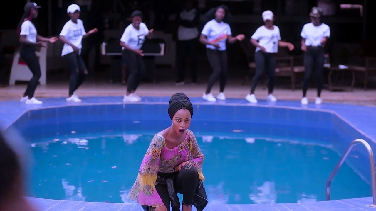 Download Cele by_AA ZICO ft_Adamcy celebrity x Bilkis salis x Ameena M sharif official video