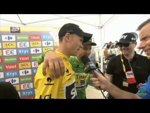 Peter Sagan videobombs Chris Froome on Tour de France 2015