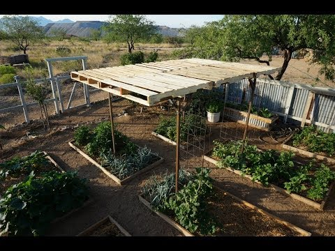 Garden Shade with Pallets - Easy and Modular Pergola