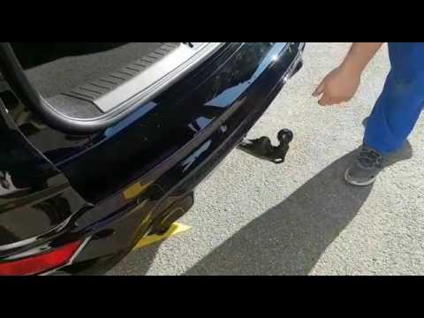 Ford Kuga - Elektrisch ausklappbare Anhängerkupplung - YouTube