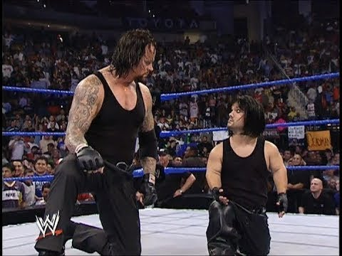 Download Undertaker Shocked To See Little Undertaker First Time In Wwe 720p HD