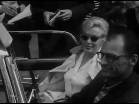 Marilyn Monroe And Arthur Miller in New York City 1957