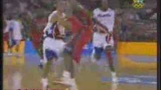 Carlos Arroyo 's ankle breaking move on Amare Stoudemire