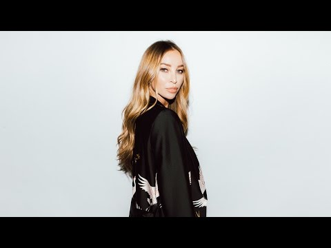 """TOWIE's Lauren Pope Discusses Her Business, """"Hair Rehab London"""""""