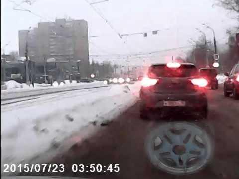 Мое первое ДТП на ул. Кирова. Не соблюл скорость и дистанцию (Ижевск)