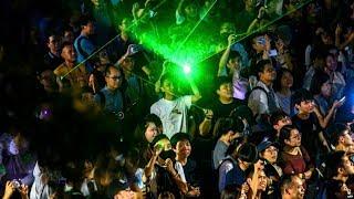 VOA连线(海彦):方仲贤被捕 浸会大学学生在校园静坐抗议