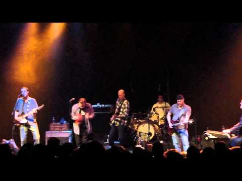 The Connells - Carry My Picture (Live in Charlotte NC) HD