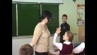 """Видеоурок по теме """"Употребление имён прилагательных в речи""""."""