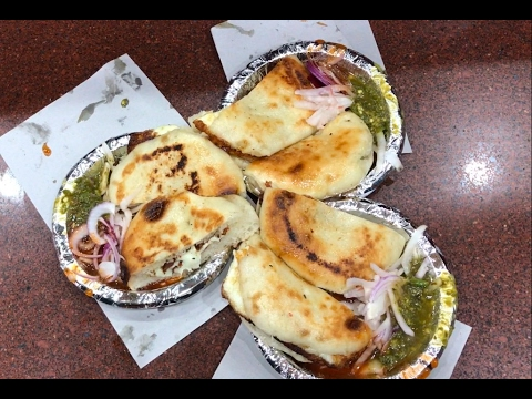Most Satisfying Video Of Kaladi Kulcha with MASTERCHEF | Jammu Street Food