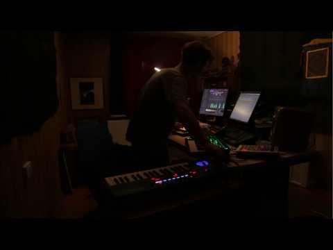 11TH / Berika [Live]
