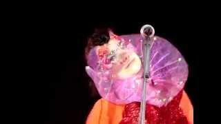 Björk - Unravel - live in Berlin 02.08.2015